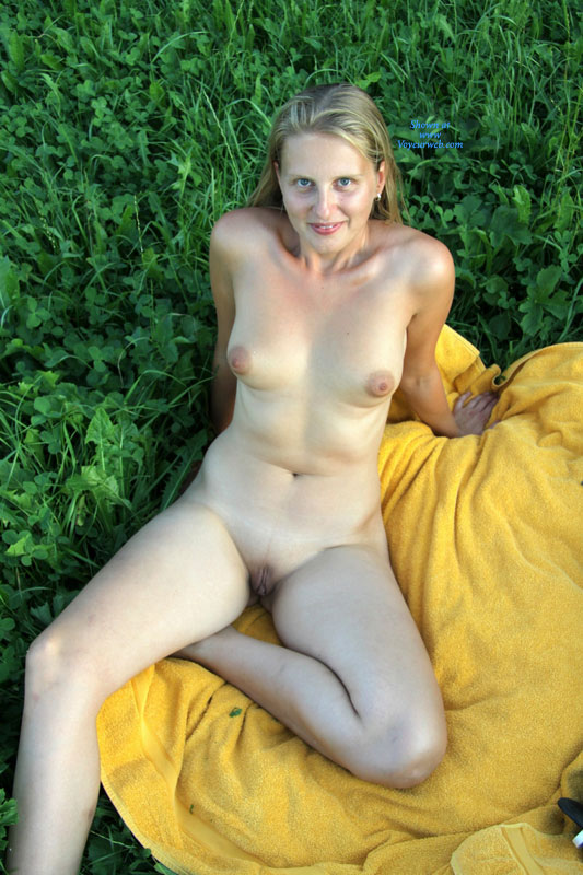shaved Outdoor voyeur belly