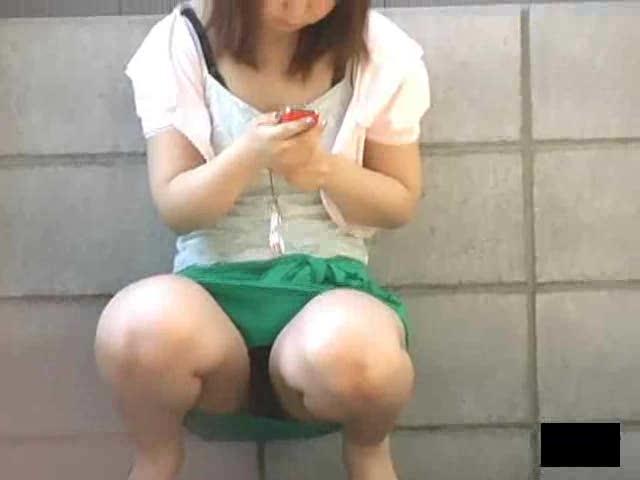 outdoor Asian upskirt chubby