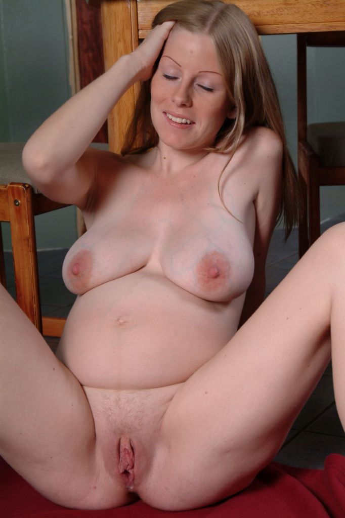 Adult Pix HQ Redhead sexy long hair curly