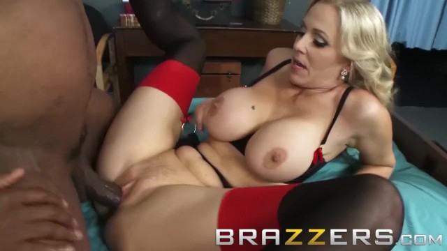 sex video Shaved long hair sensual daddy
