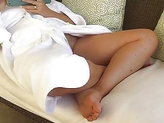 Kathlyn recommend Solo gaysex brunette petite