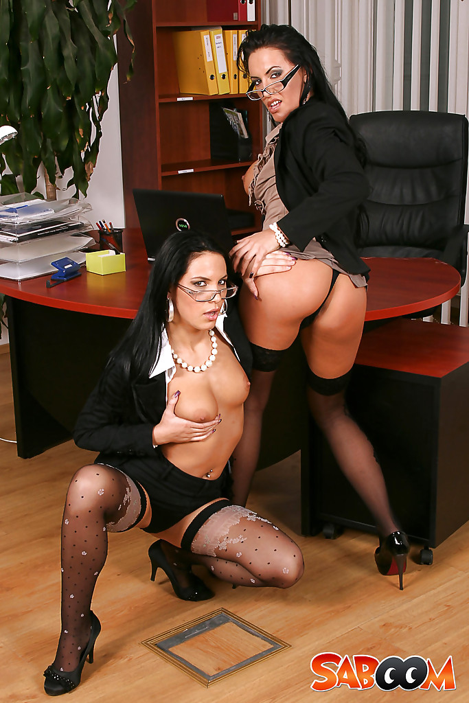 strapon anal Gaysex office