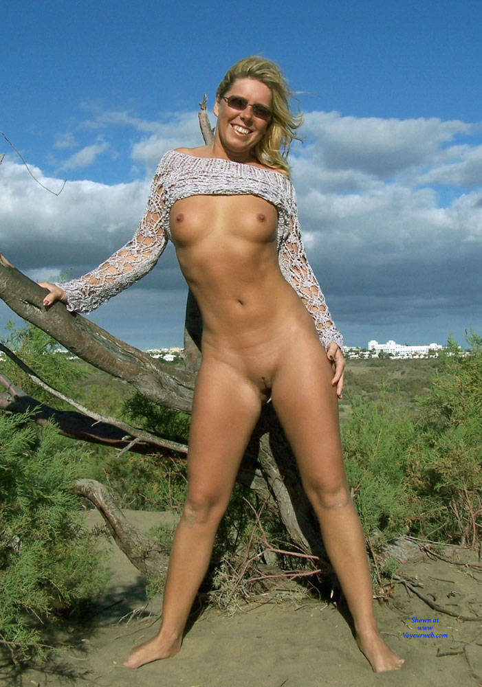 blonde beach housewife Outdoor