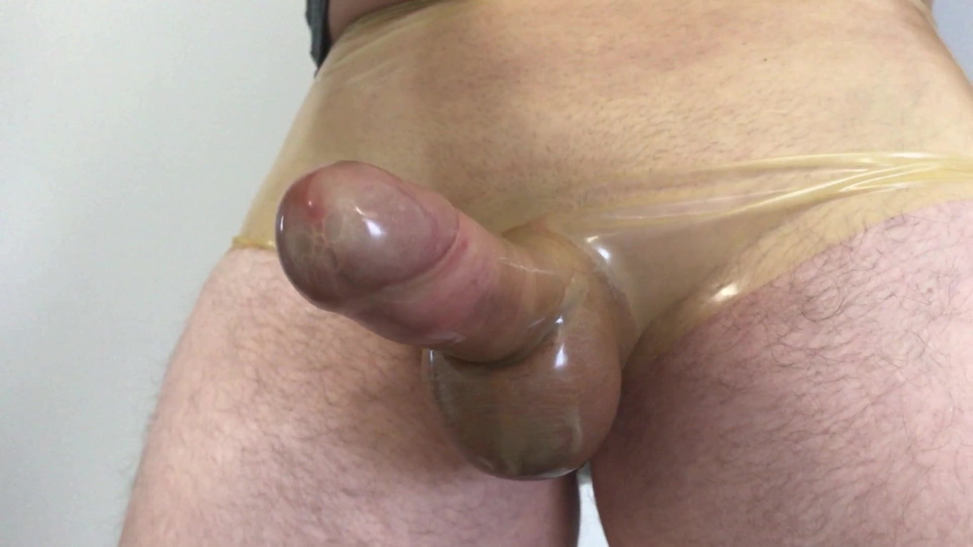Hassan recommends Tugging vintage glamour pissing